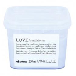 Davines LOVE SMOOTHING kondicioner 250ml na uhlazení vlasů